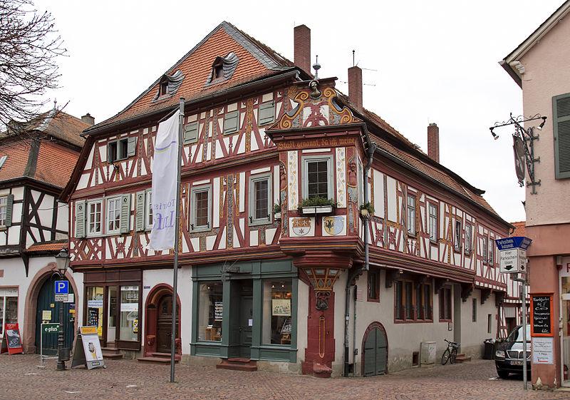 Beschreibung: Seligenstadt, Einhardhaus - Datum: 20. Januar 2011 - Quelle: Eigenes Werk - Urheber: Rudolf Stricker